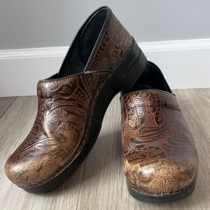 DANSKO Brown Tooled Paisley Leather Closed-Back Clogs